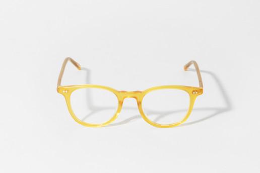 Occhiale in celluloide Epos colore giallo miele. Misure 46□21 asta 145