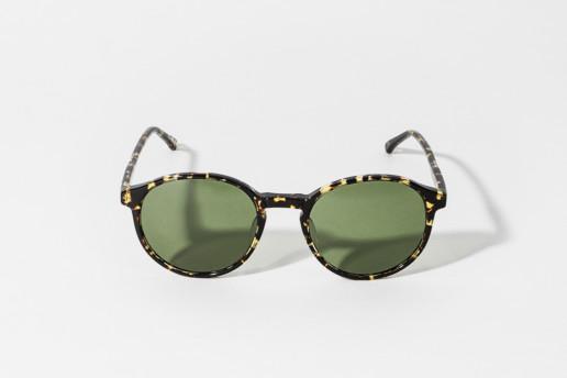 Occhiali da sole Epos in celluloide tartarugata TT. Lente colore verde, protezione 100% dai raggi UV. Misure 49□21 140
